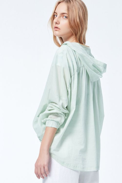 Light green design top