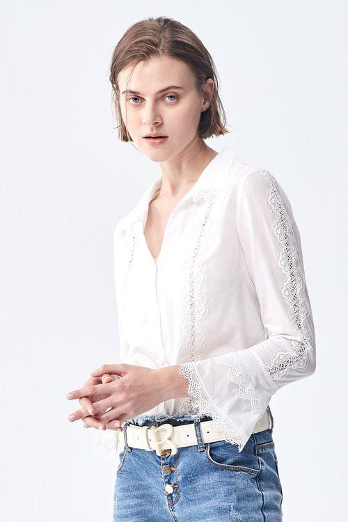 Lace long-sleeved shirt.