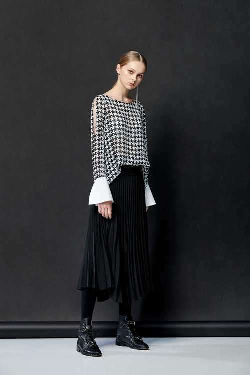 Houndstooth chiffon top