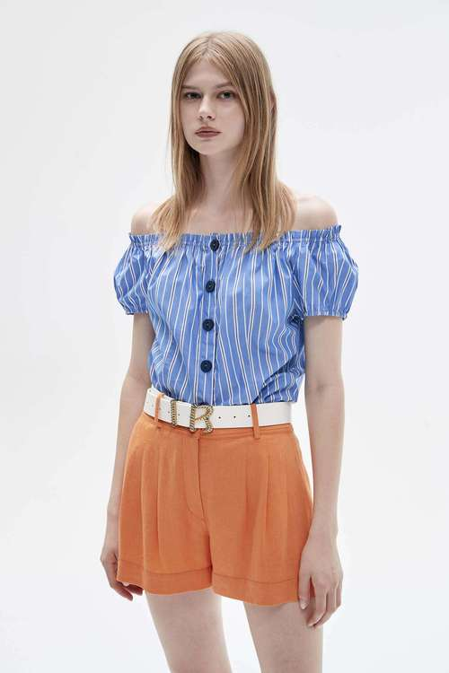 Striped loose-mouthed top