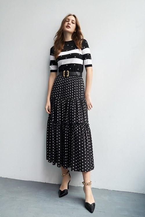 Dot strip knitwear