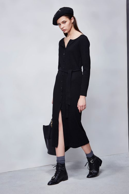 fitting knitted dress
