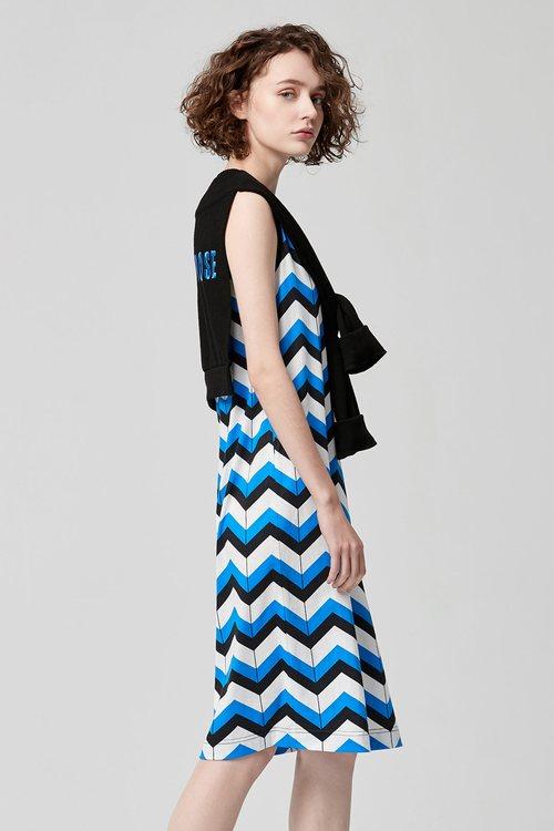 Printed shawl dress