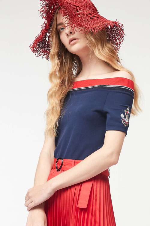 Anchor one-word collar short-sleeved T-shirt