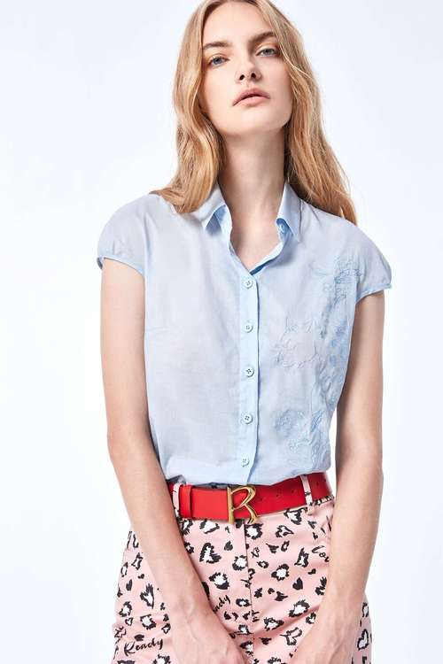 Lapel cap sleeve embroidery blouse