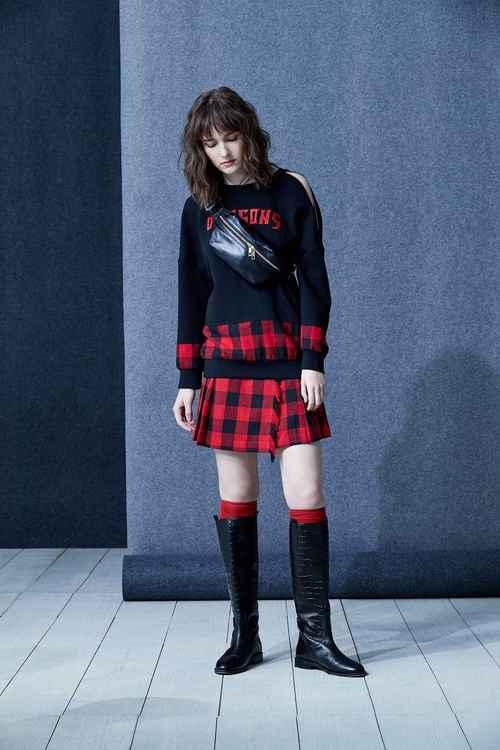 Cross sweatershirt