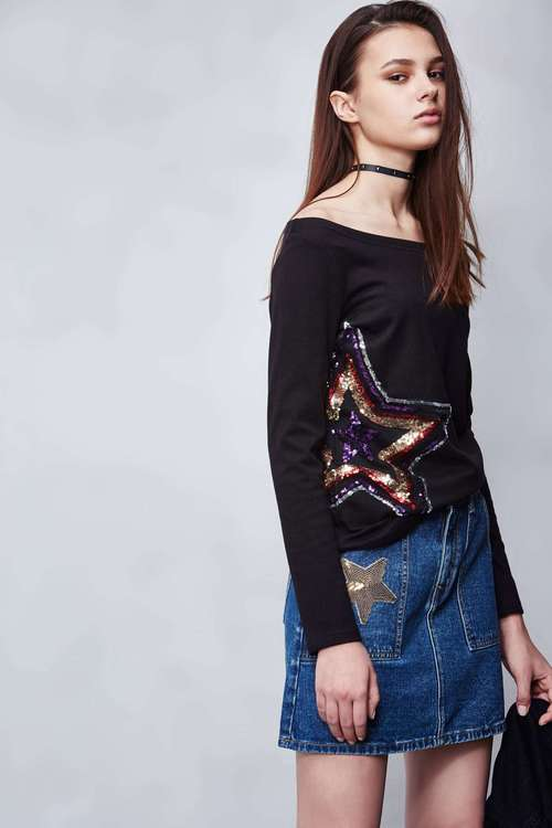 Star T-shirt top