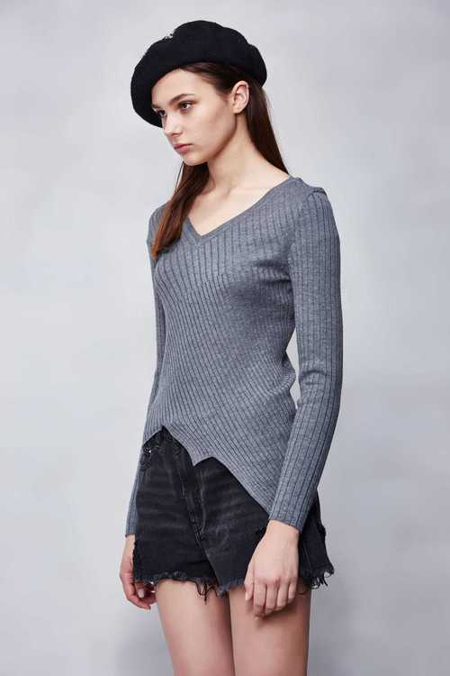 Digging collar-fit knitted top