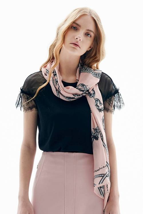 Court print scarf