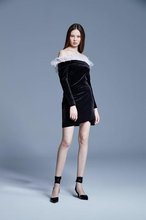 Black velvet feather tube dress
