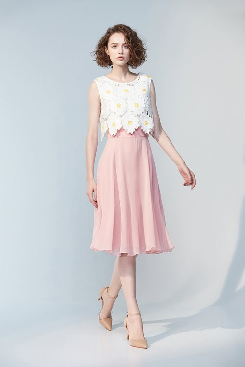 Pink chiffon white flower dress