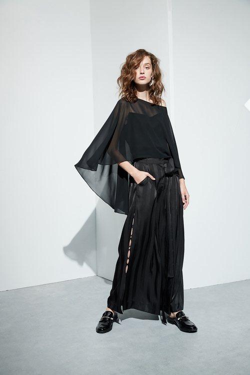 Elegant fashion culottes
