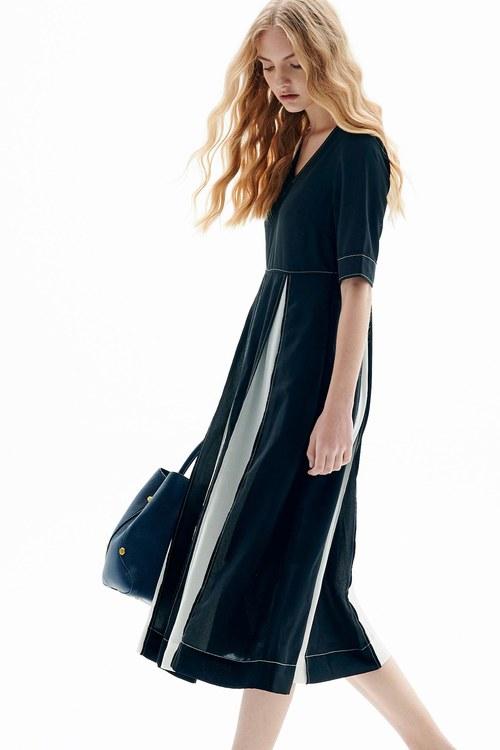 Retouching! Color matching chiffon dress