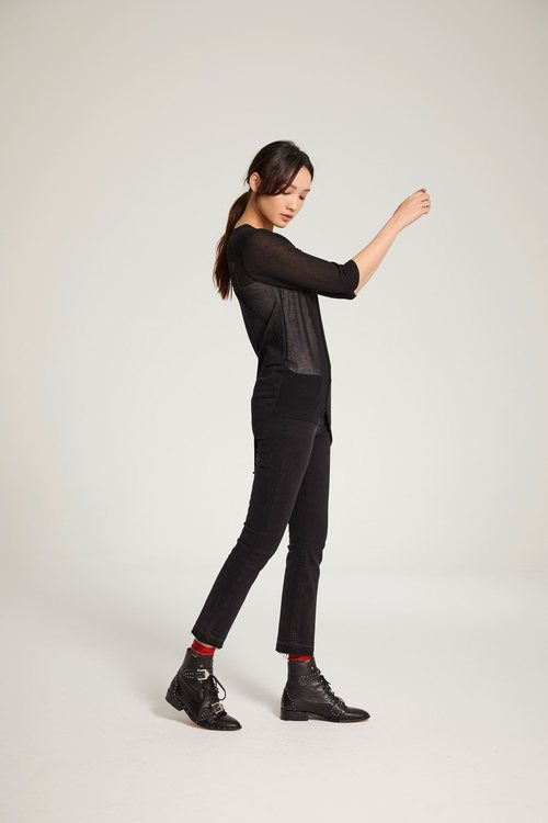 Short sleeve knitted top