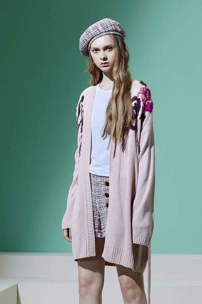 Embroidered knitting coat