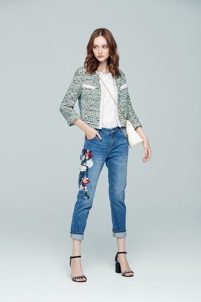 Elegant woolen coat