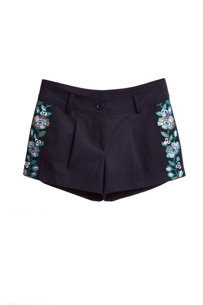 Embroidered woman fashion shorts