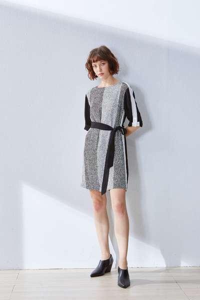 Elegant strap design dress