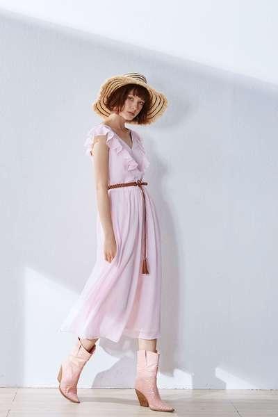 Romantic and elegant design dress