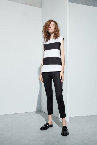 iROO x Flower in Vogue Wide striped vest