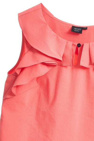 Ruffle fashion vest