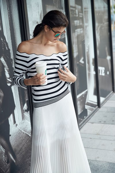 Well-matched knitted top in stripes
