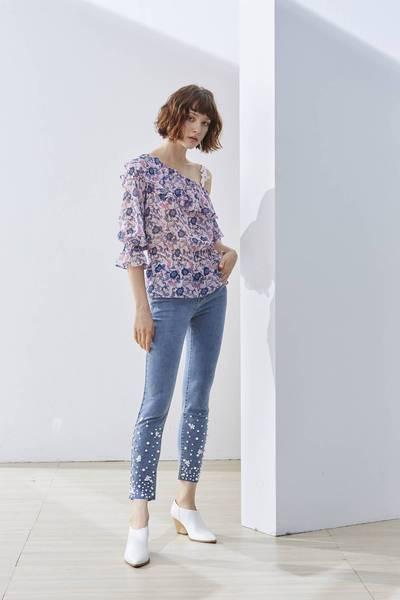Romantic floral shoulder woman design top