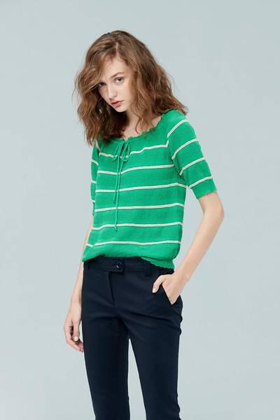 Striped slim knit top