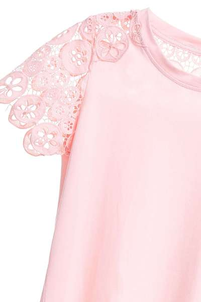 Lace stitching design top