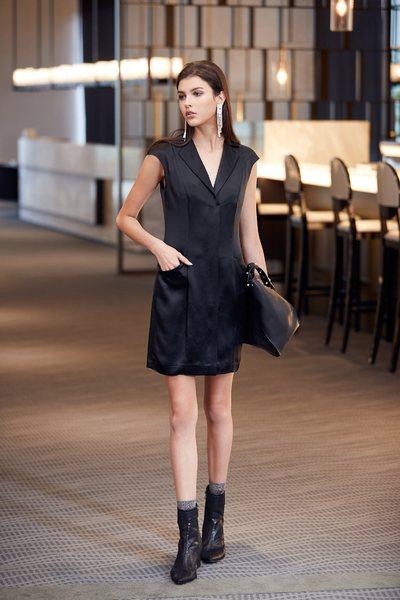Pretty solid V neck  dresses