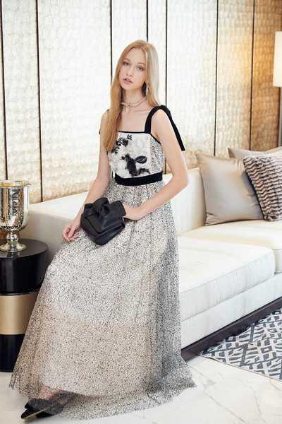 Tie up shoulder lace dress