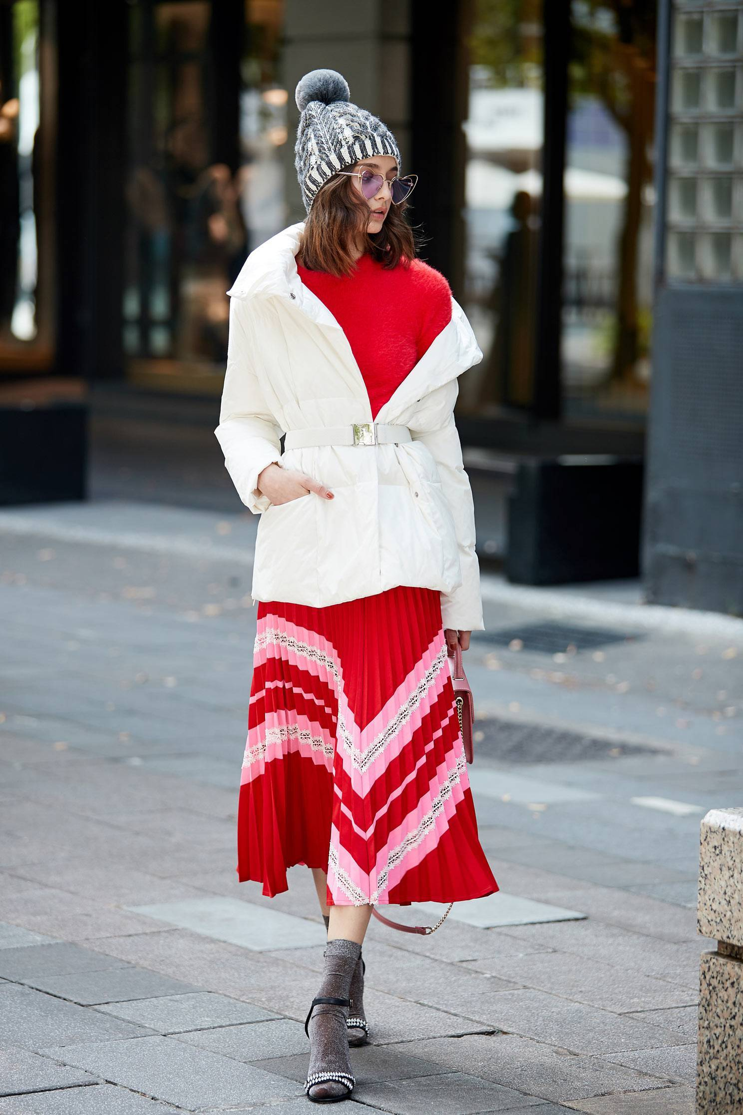 Popular Contrasting Pleated Skirt