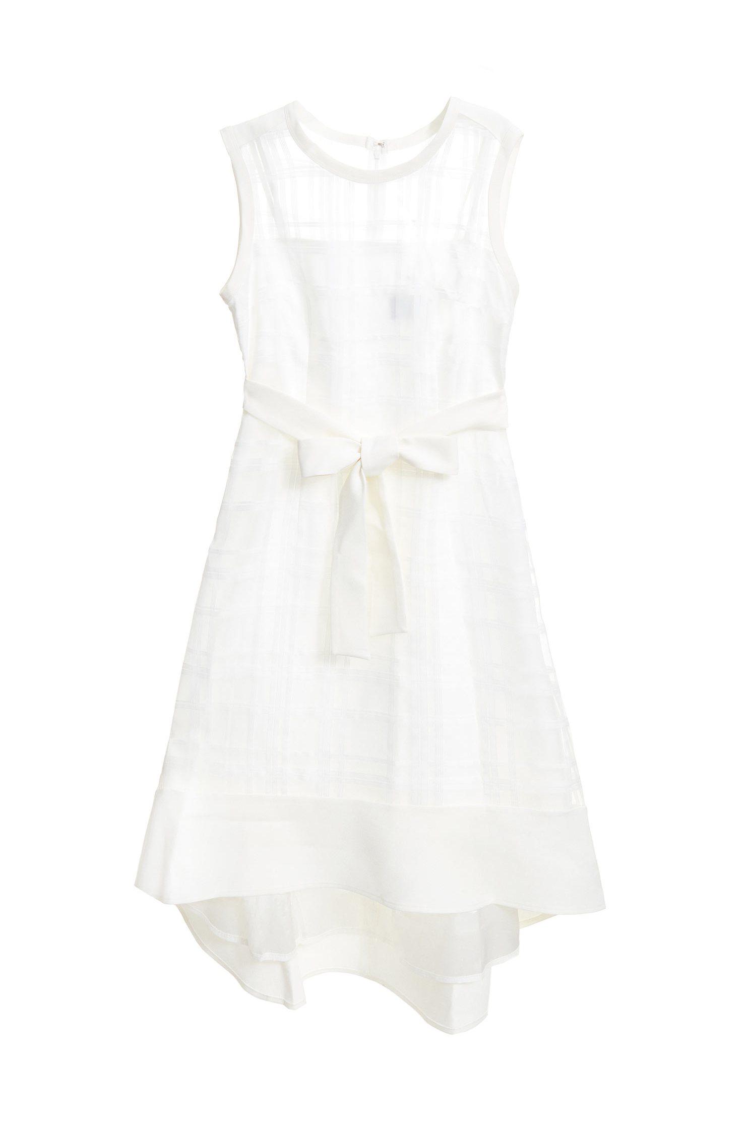 Romantic sleeveless dress