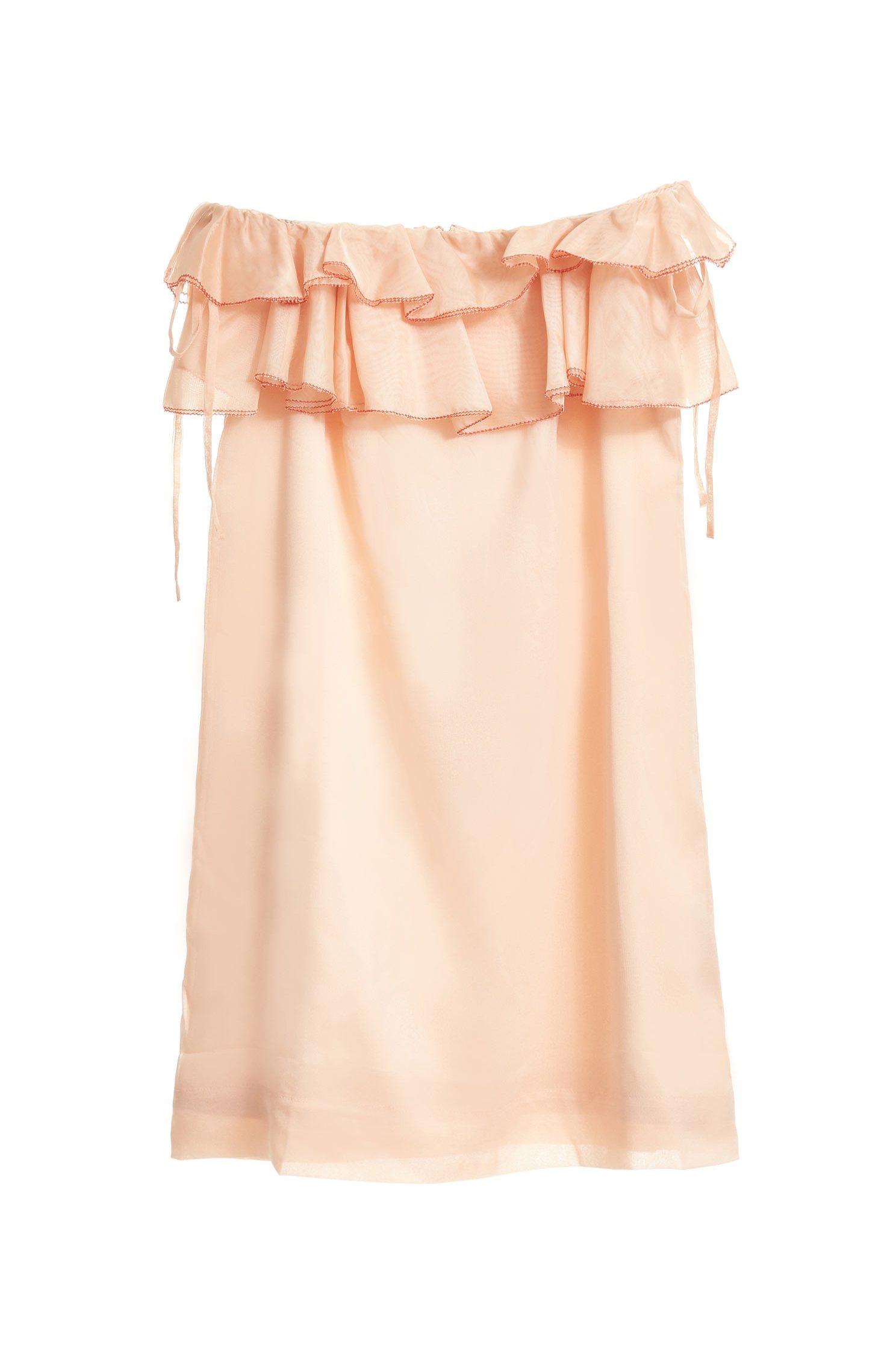 Off-the-shoulder gorgeous dress