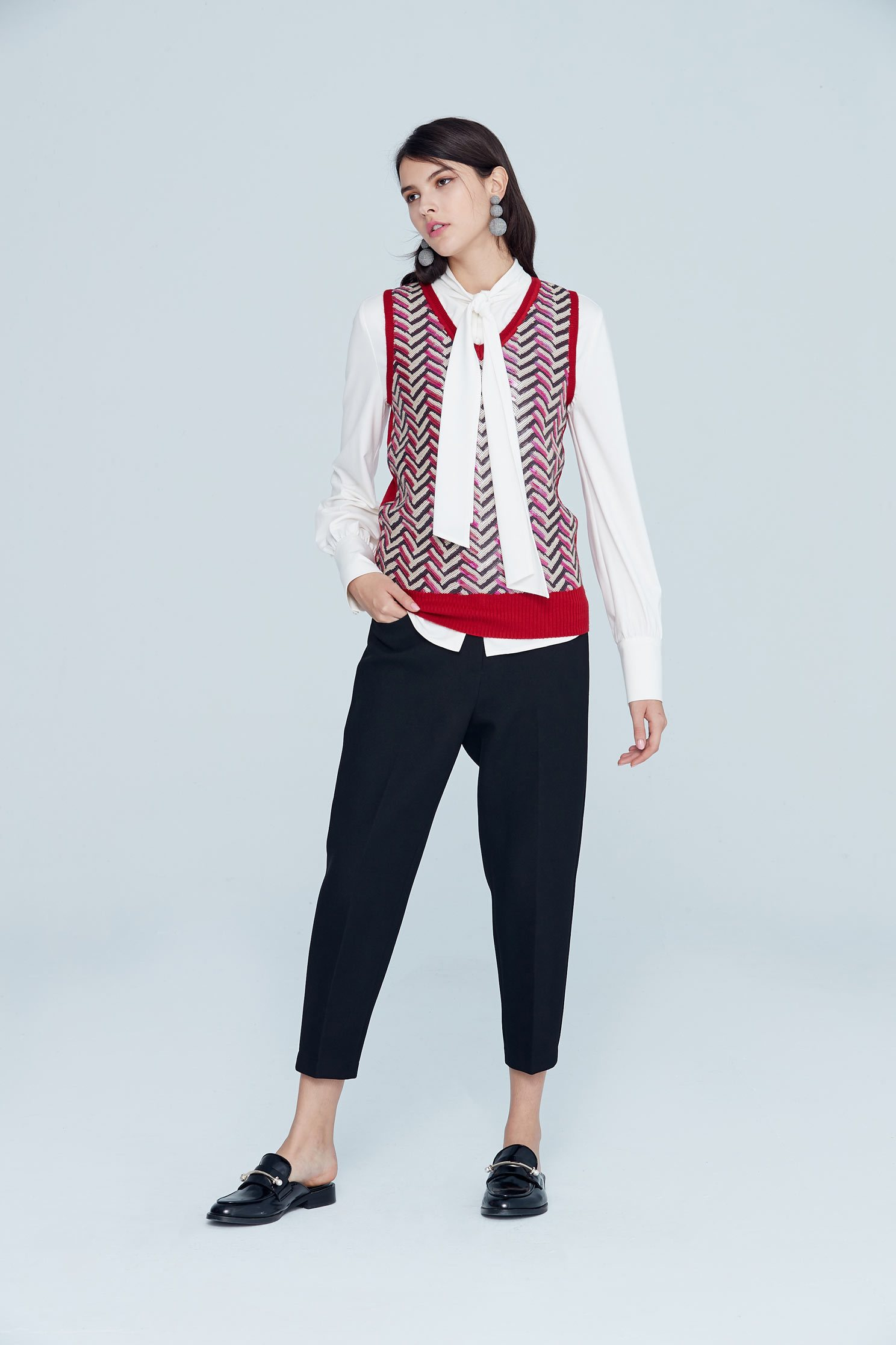 Color matching classic vest