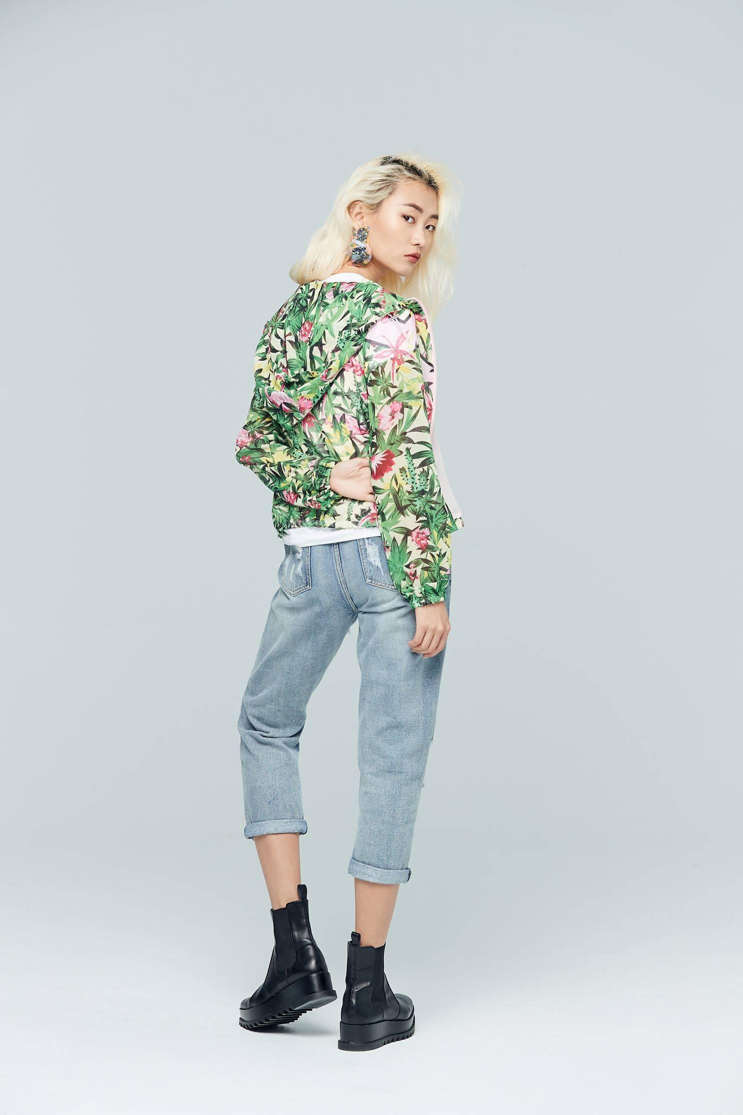 Evergreen design coat