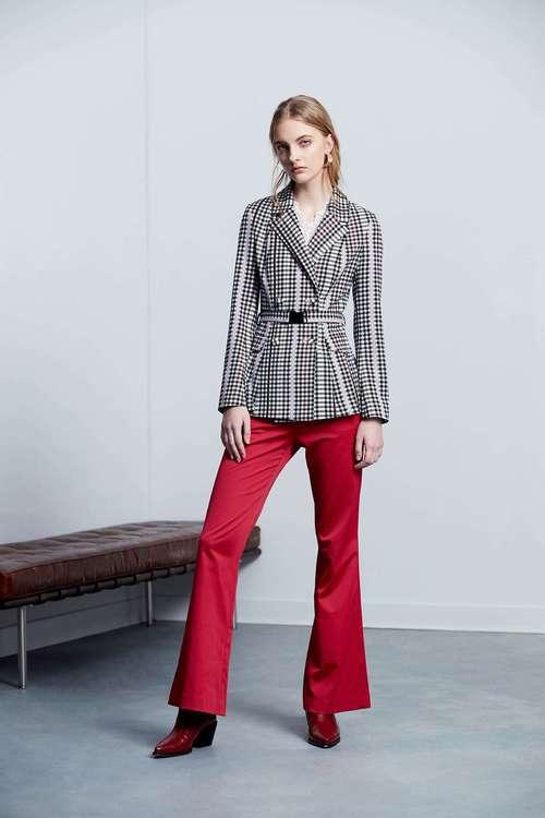 Lapel color classic design long-sleeved jacket