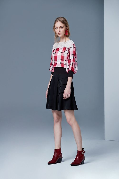 Lace-stitched plaid classic design long-sleeved top
