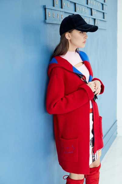 Hooded knit coat