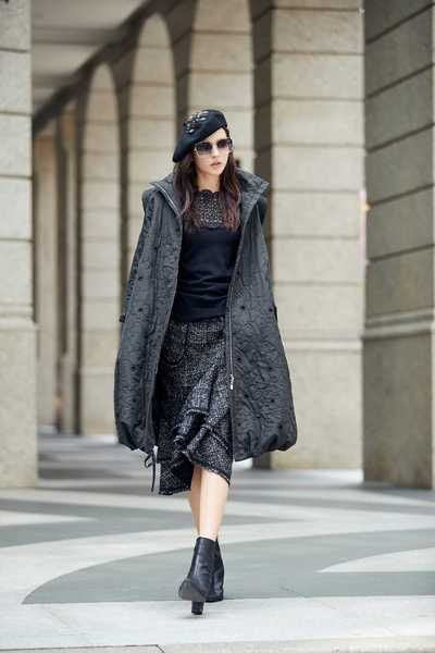 Elegant classic design coat