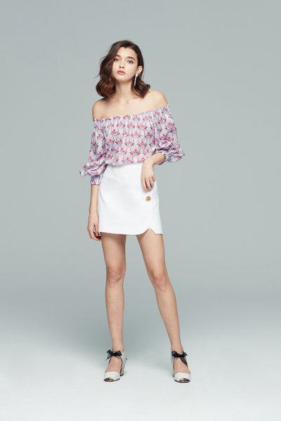 Buttoned fashion skirt