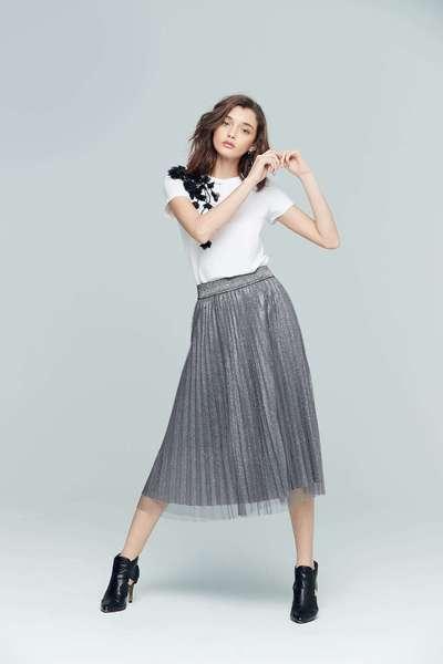 Flowy sparkling skirt