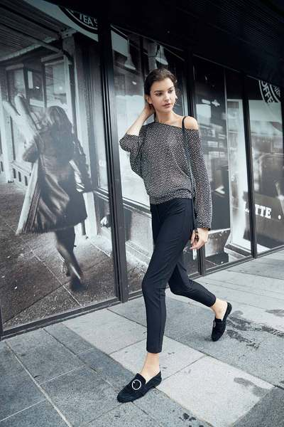 Well-matched basic skinny