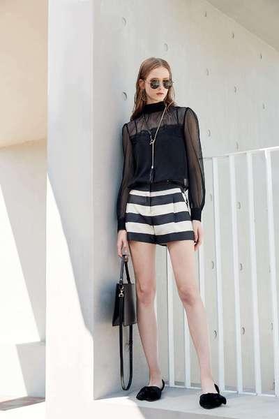 Wide striped classic fashion shorts