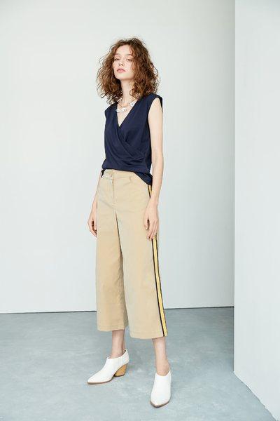 Side strip fashion pants