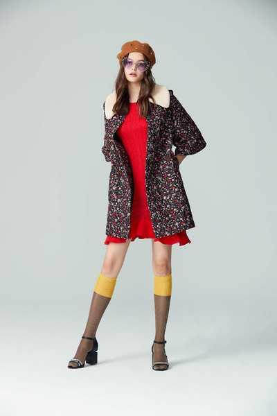 wavy hemline knit dress