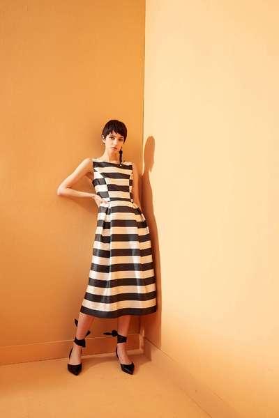 Wide stripe classic fashion dress