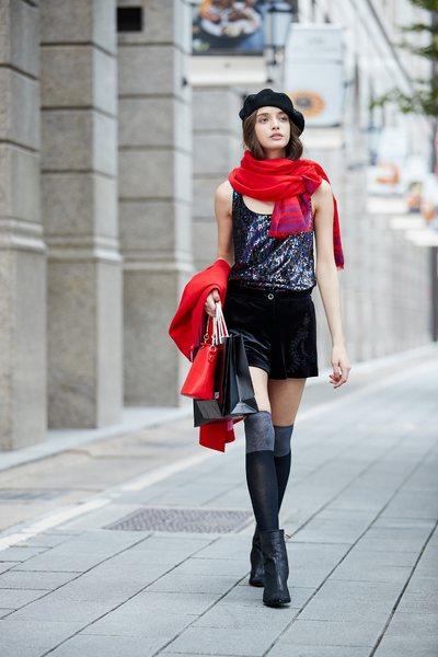 Chest-length sequined sleeveless vest