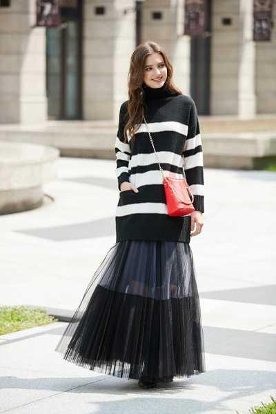 High collar striped classic top