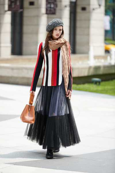 Color matching classic fashion top